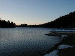 湯ノ湖の夜明け