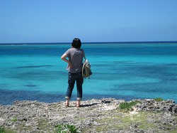 青い海に感動中