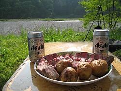 ビールとローストビーフ