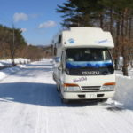 雪道 キャンピングカー